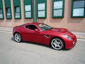Alfa_Romeo_8c_Competizione_m[1]