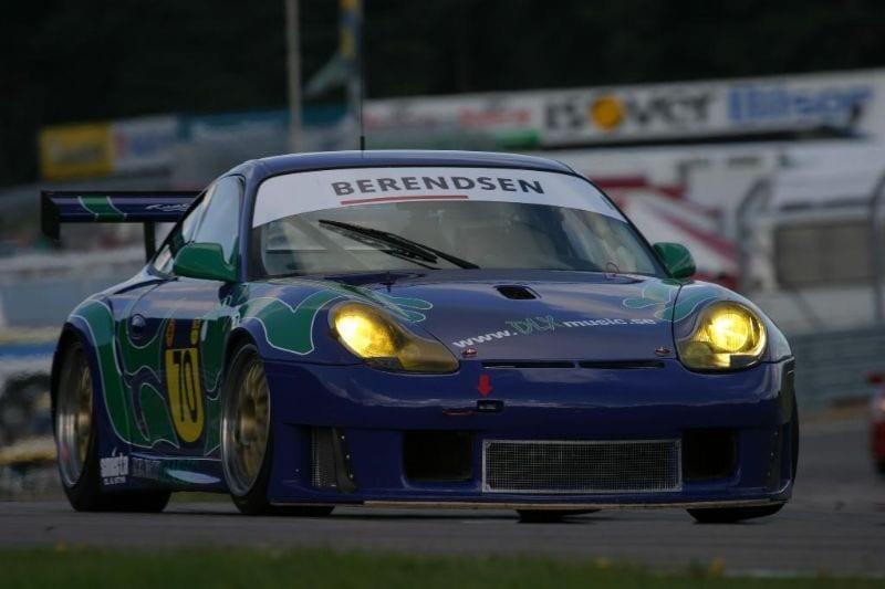 Porsche%20996GT3RS_m[1]