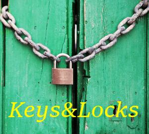 door-green-closed-lock-270
